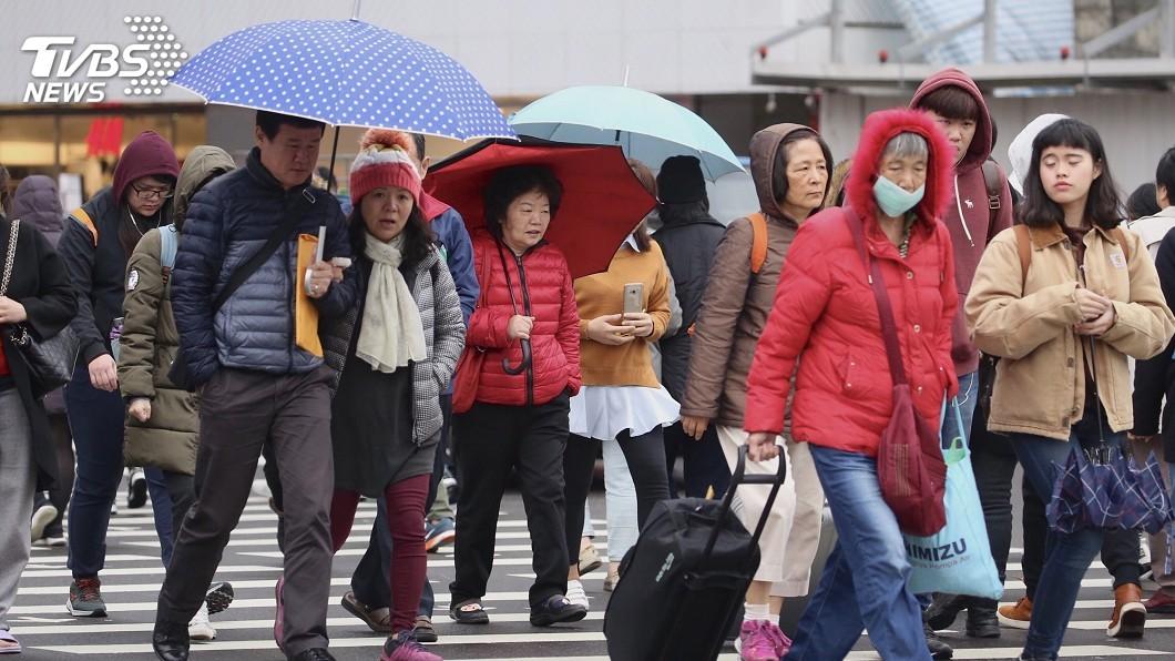 圖/中央社 快訊/東北季風減弱又有華南雲系 中部以北有雨