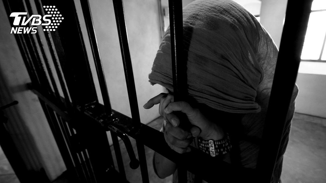 示意圖/TVBS 台灣首例!死囚躲棉被橡皮筋勒脖輕生 曾曝「活得痛苦」