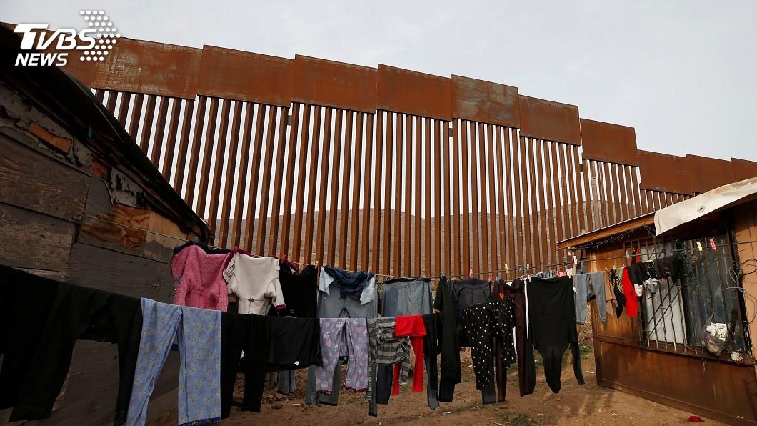 圖/達志影像路透社 美擬將尋庇護待審移民送返墨國 墨外長:沒簽協議