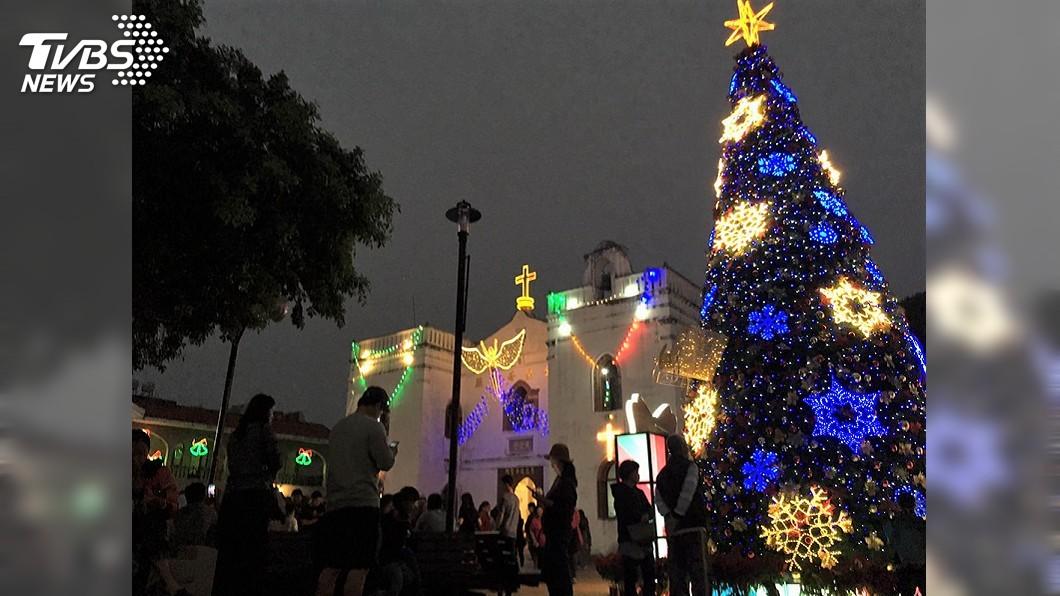 圖/中央社 聖誕季萬金泰武齊點燈 恆春打亮百年古城