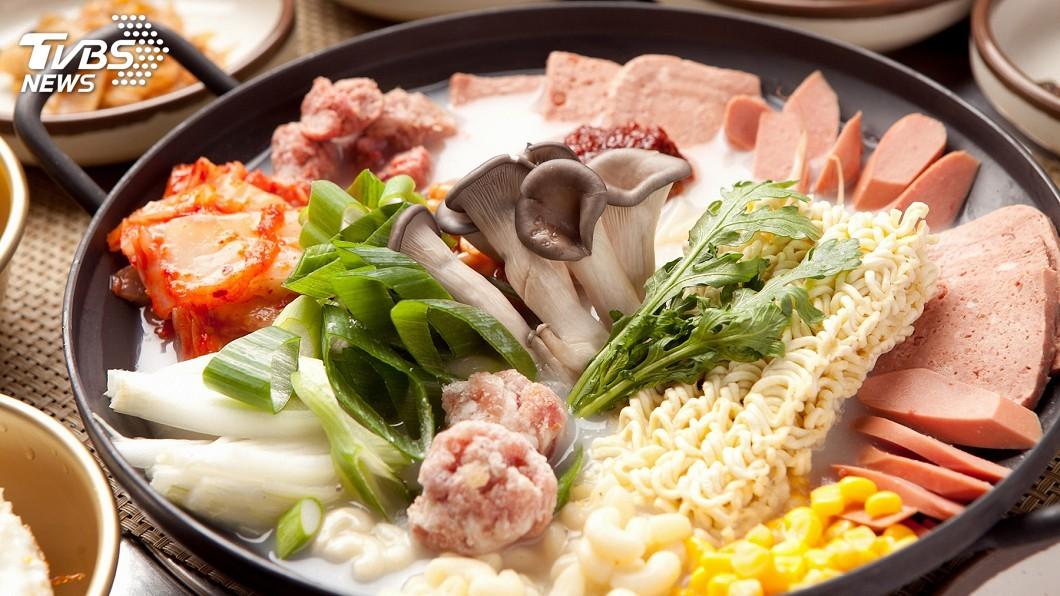 示意圖。圖/TVBS 醫曝10秘訣「火鍋吃不胖」 醬料加「這個」有驚人效果