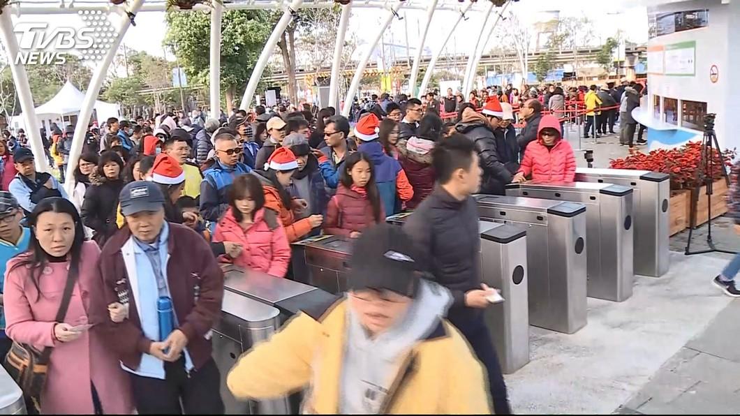 圖/TVBS 元旦起台中人免費逛花博 9口之家省3千