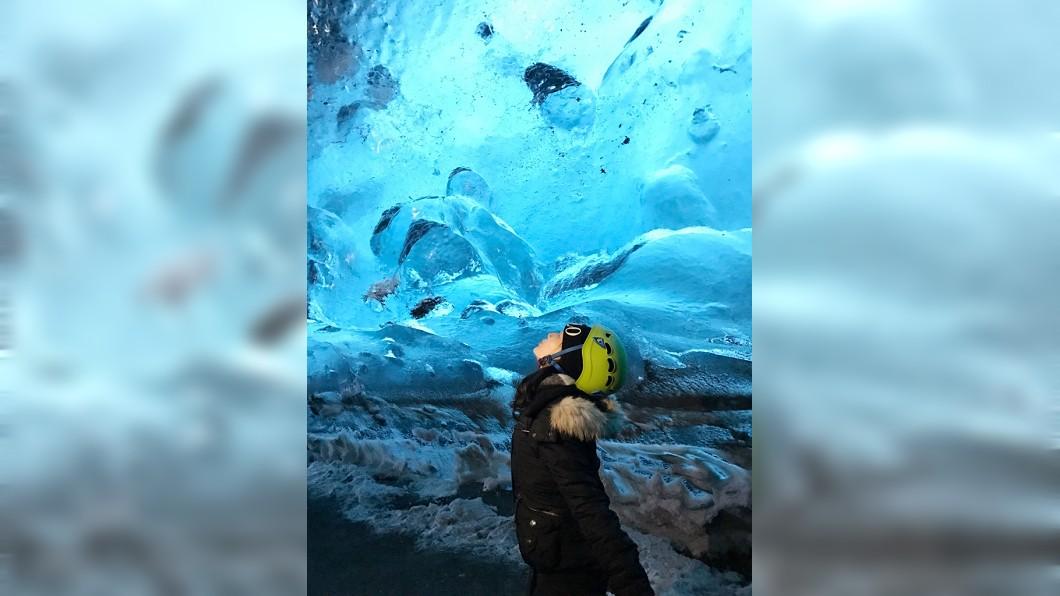 藍冰洞。(圖片來源/作者提供)