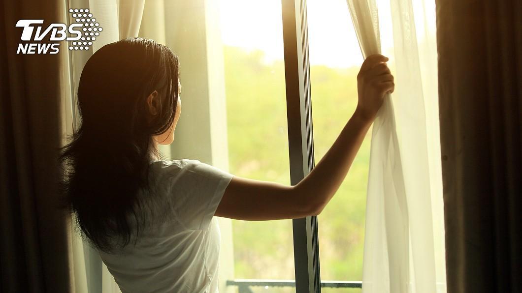 示意圖/TVBS 「一看到你就覺得煩」老公一番話 讓她只在獨處才能放鬆