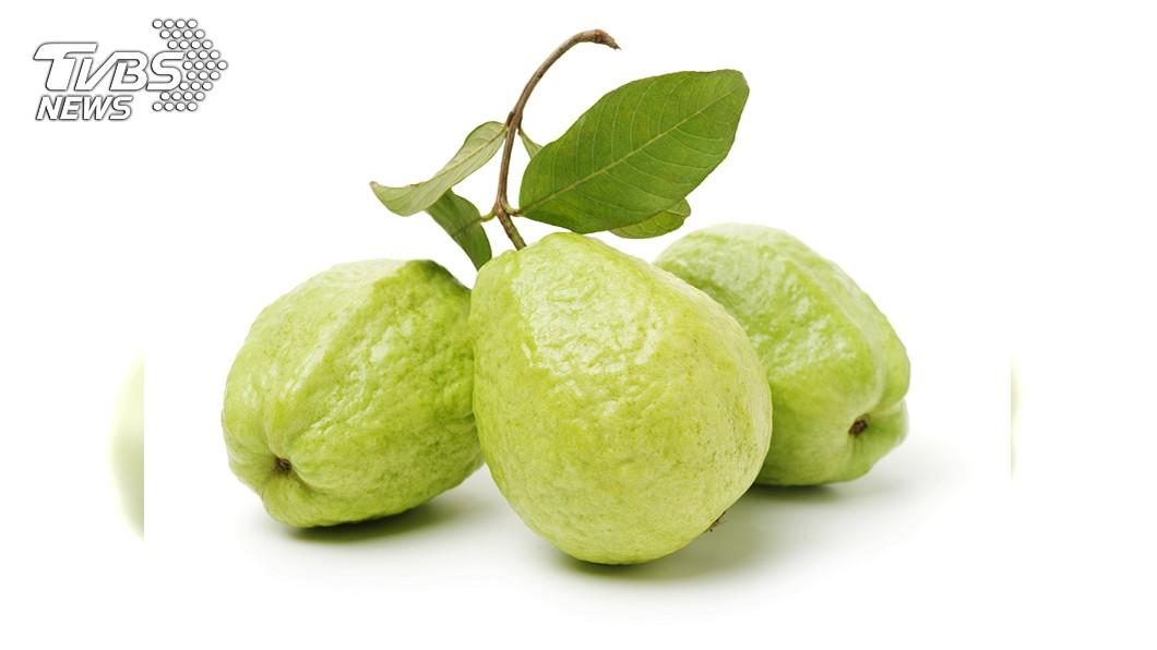 富含有抗氧化物的食物可強化身體排毒機制。圖/TVBS 吃得不安? 那就靠「這水果」排毒!