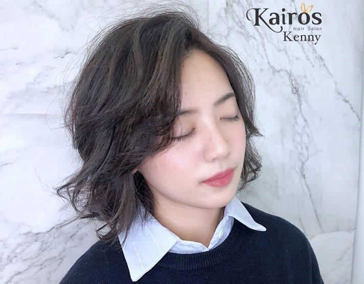 「學姊」黃瀞瑩新造型大改以往風格。圖/截取自臉書Kairos Hair Salon