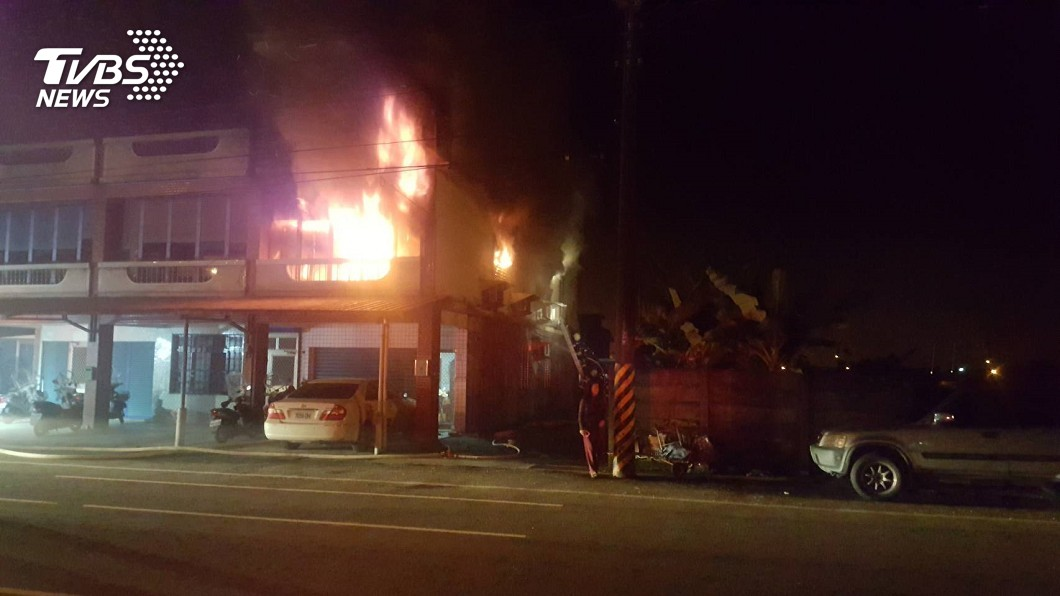 圖/TVBS 孩子還在裡面!宜蘭透天厝清晨火警 母女1死4傷