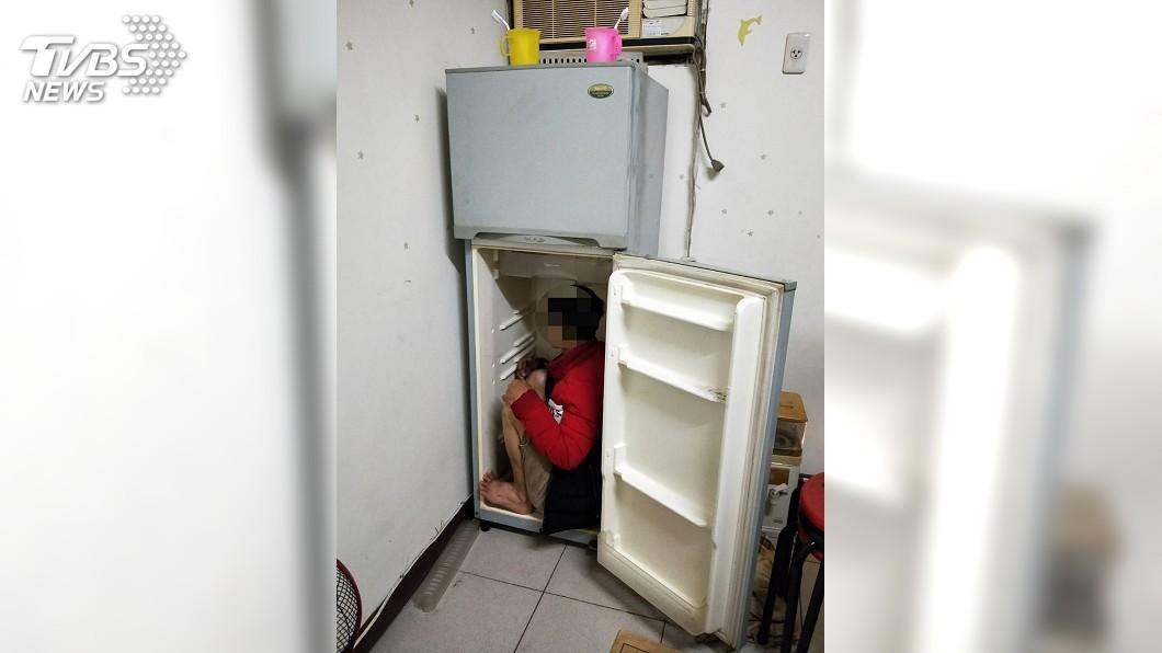 圖/中央社 冰箱有怪聲! 警逮越南脫逃團客及非法移工共8人