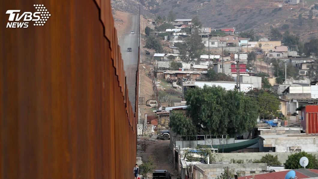 圖/達志影像路透社 川普再倡築邊境牆 民主黨領袖呼籲重啟政府