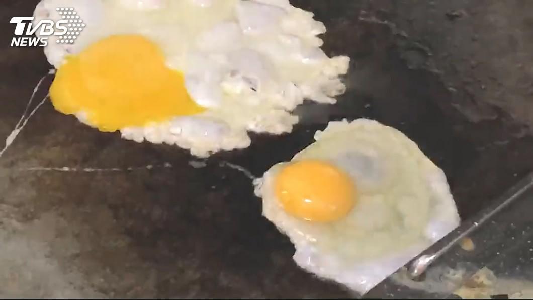 早餐店荷包蛋特別好吃?(示意圖/TVBS) 早餐店荷包蛋特別好吃? 行家曝「美味關鍵」:當然香爆
