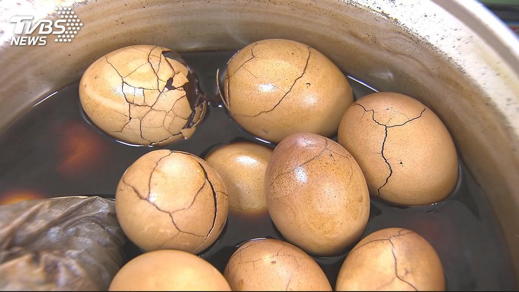 示意圖/TVBS 快訊/「生產過剩」蛋農苦! 蛋價腰斬每台斤20.5元