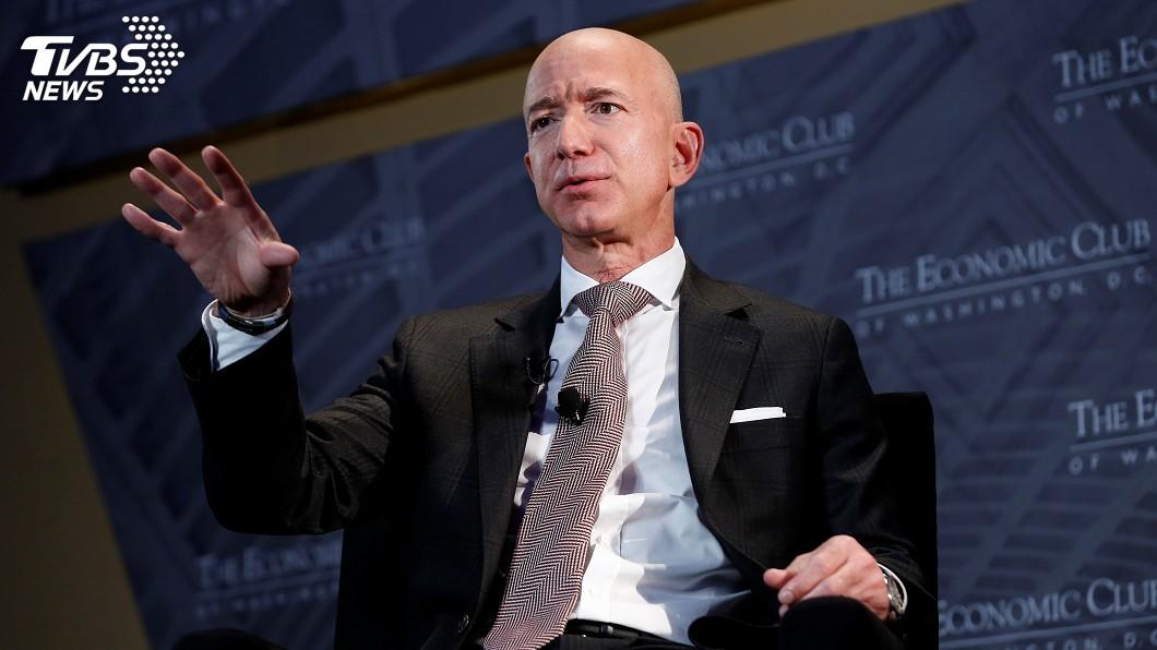 貝佐斯開創亞馬遜公司,並在2018年登上全球富豪榜首。(圖/達志影像路透社) 鹹濕簡訊外洩!全球首富氣瘋 聘專業團隊調查