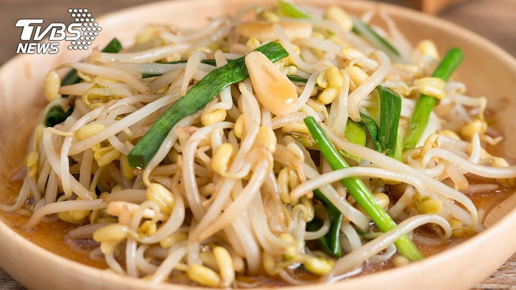 趙函穎指出,豆芽菜每100公克就含有1.3公克膳食纖維。示意圖/TVBS