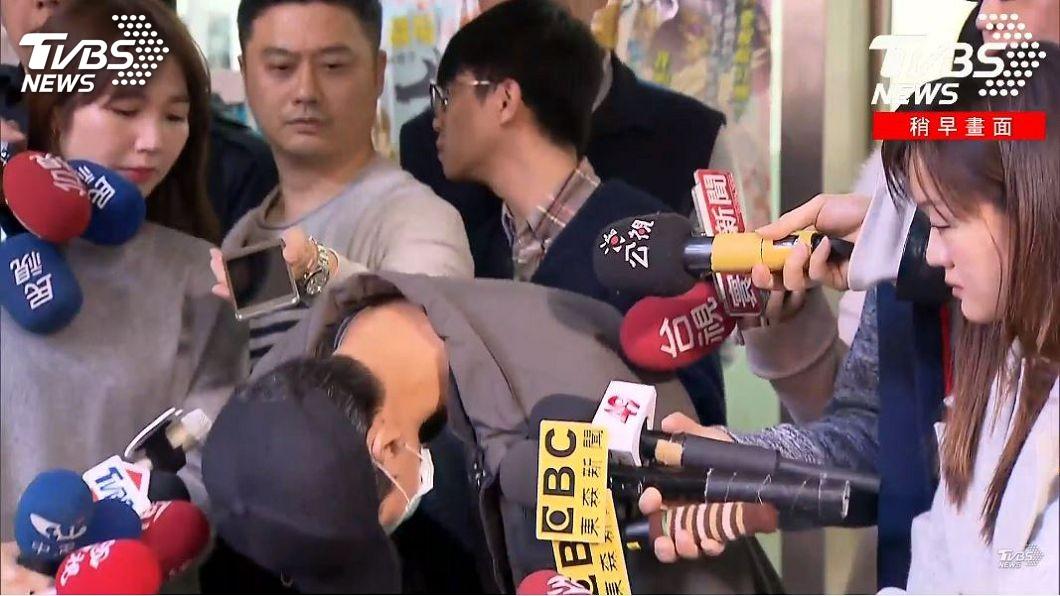 涉嫌家暴的林姓男子出面道歉。(圖/TVBS)