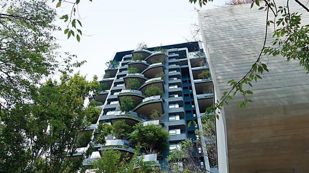 王傳一所住的豪宅為得獎設計,據報導在新竹算是第2「豪宅王」。(圖/翻攝自樹花園官網)