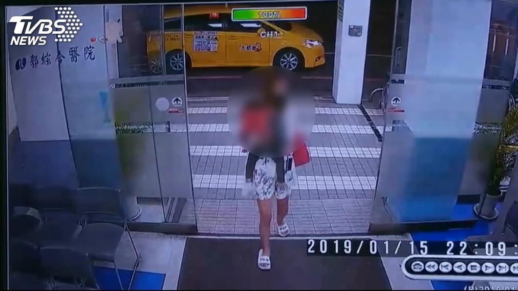 圖/TVBS 驗屍結果出爐!女童被抓頭撞牆虐死 檢哽咽平反