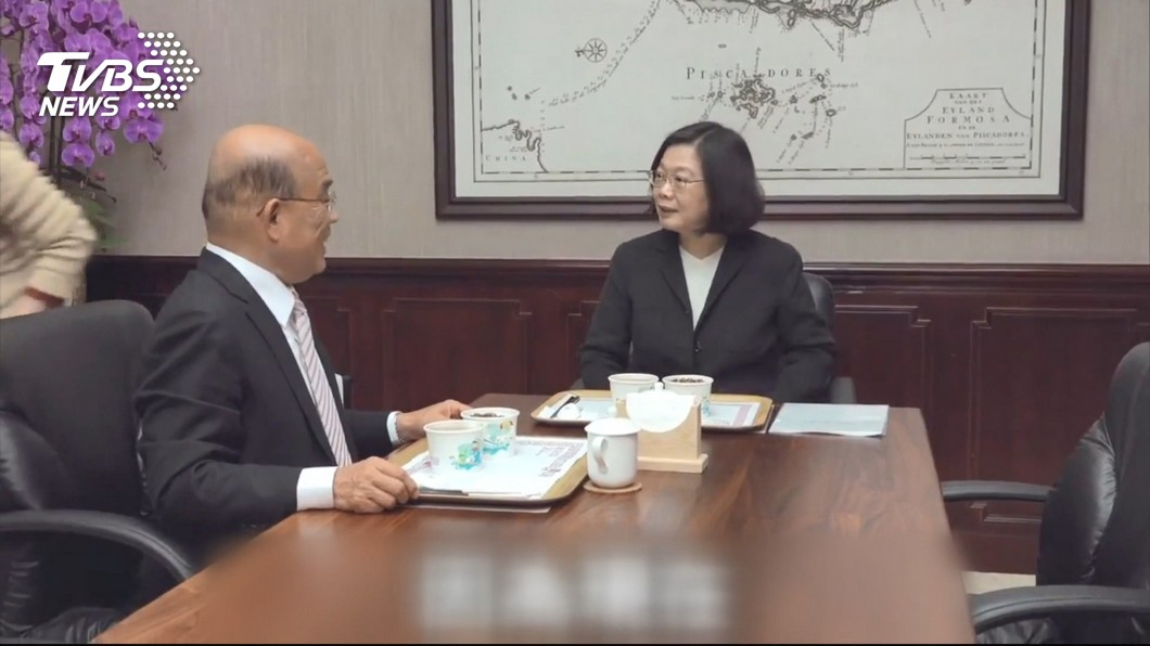 圖/TVBS資料畫面 蘇揆上任100天 與蔡總統聯播影片談政績