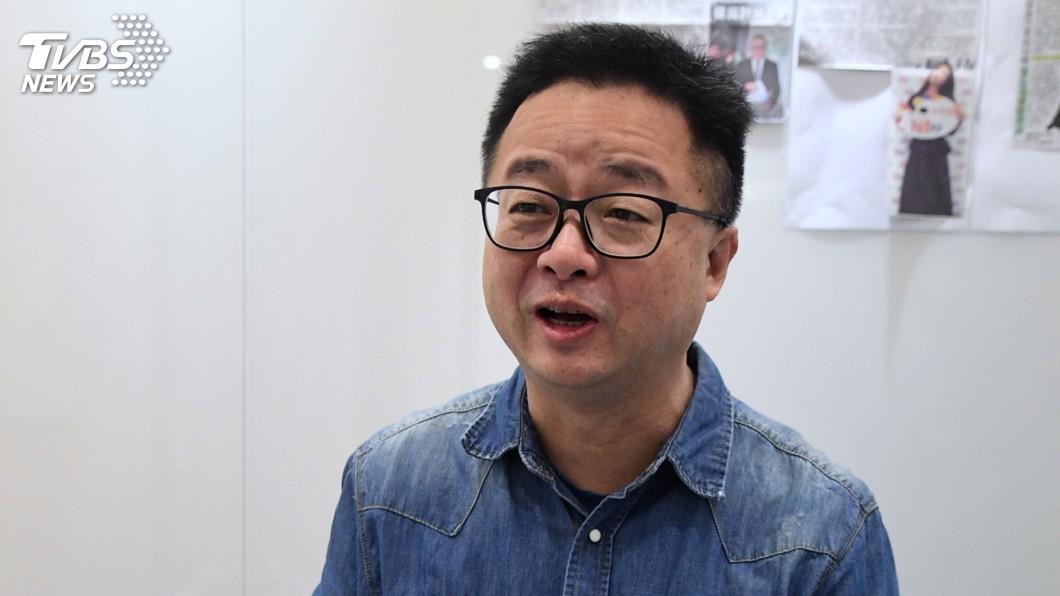 圖/中央社 部長開直播 羅文嘉:站到第一線與社會溝通是必要的