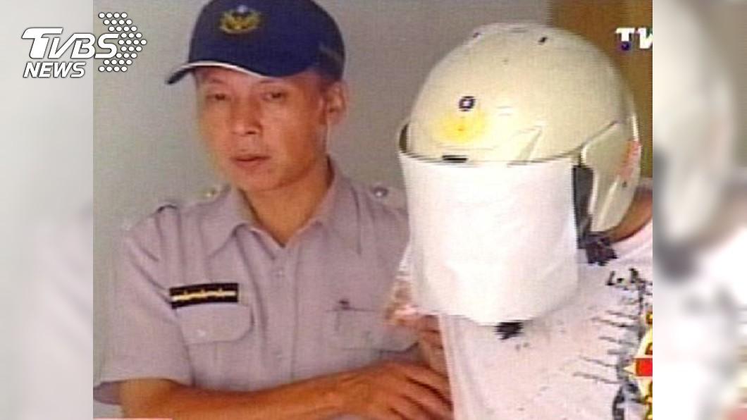 陳男當年持雙刀砍父親上百刀,最後被判處死刑。圖/TVBS資料照