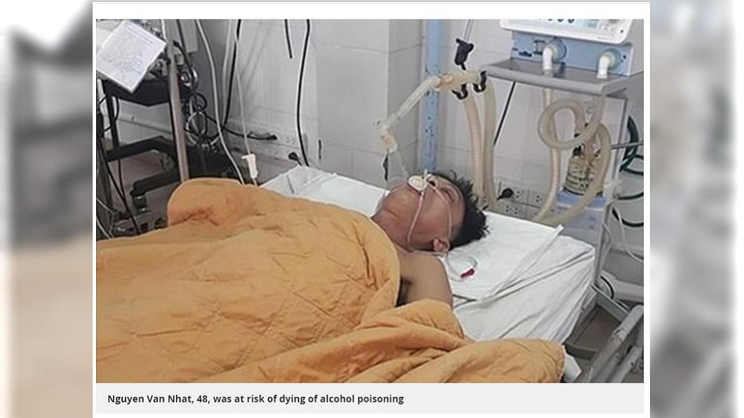 醫師表示,男子的體內甲醇超標正常值1119倍,所幸住院3個星期治療後已經恢復出院。(圖/翻攝自鏡報)