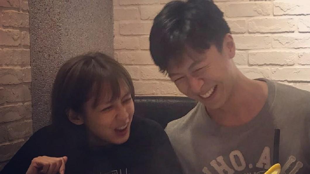 有網友發現袁艾菲和男友很有夫妻臉。(圖/翻攝自袁艾菲臉書)