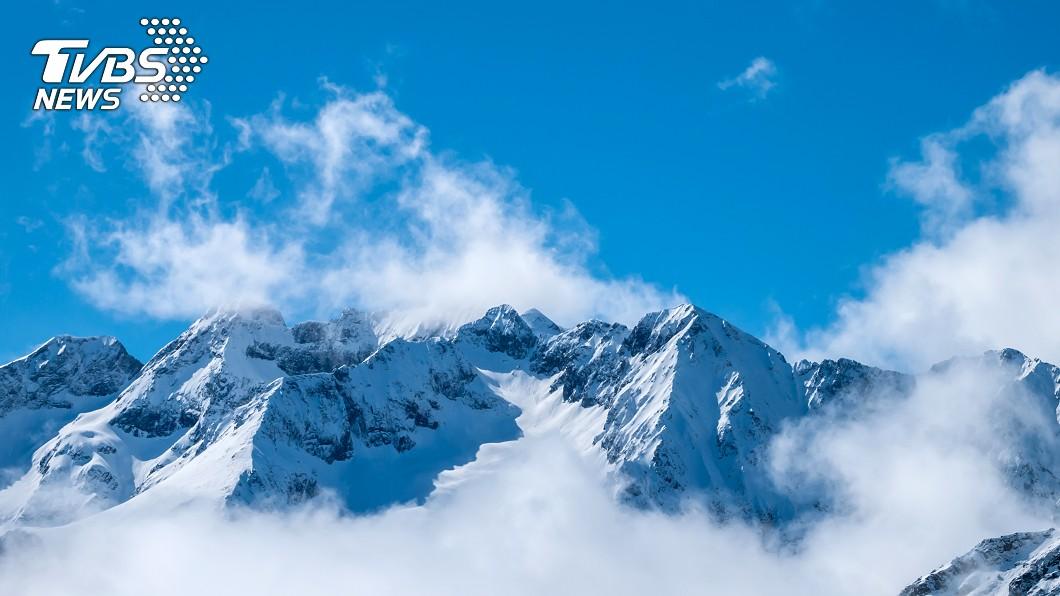 阿爾卑斯山。圖/shutterstock 阿爾卑斯山雪崩頻傳 至少10人喪命