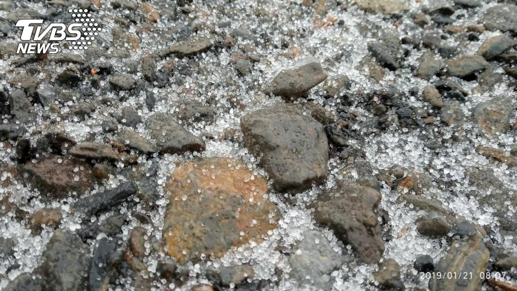 圖/中央氣象局提供 玉山飄雪粒!最強冷空氣報到 下探9度新低溫