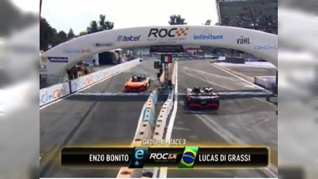 博托尼於第2圈發揮驚人水準,成功逆轉勝。圖/翻攝自Formula 1推特