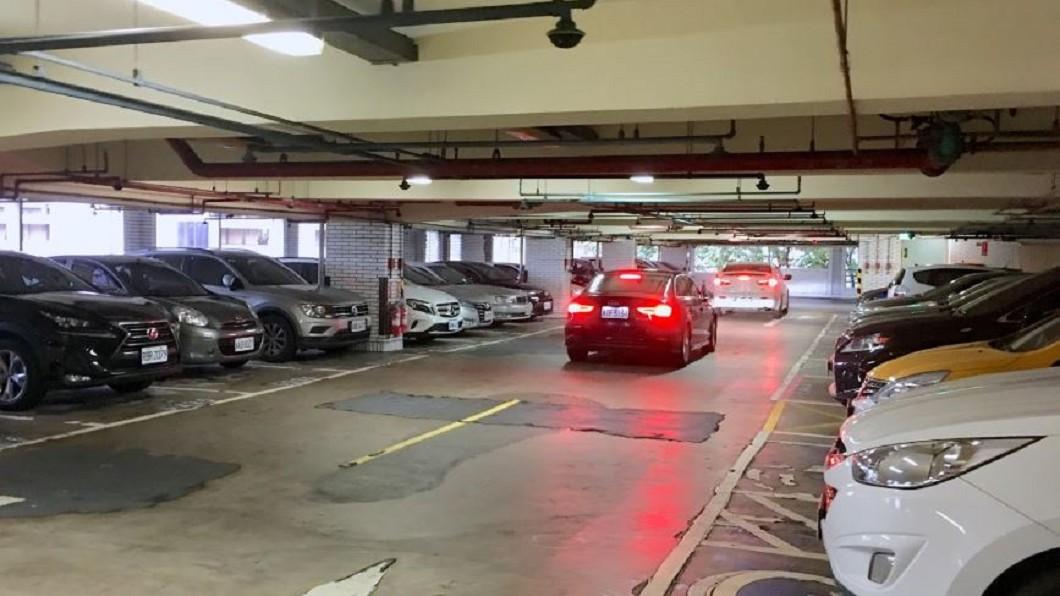 台北榮總醫院停車場。圖/翻攝自google map地圖 醫院錢難賺 「這兩項」成醫院營收主力