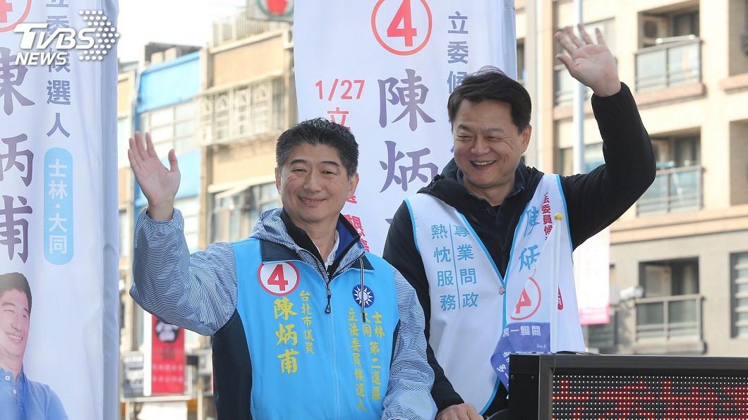 圖/中央社 陳炳甫士林區車隊掃街 周錫瑋陪同尋求支持