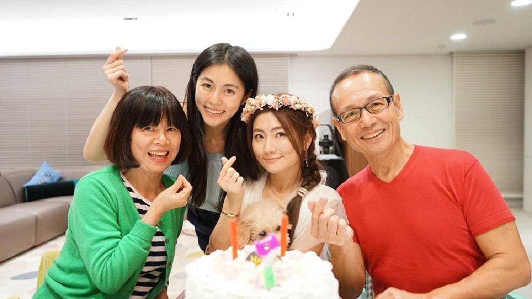 圖/翻攝自任家萱 Selina臉書 離婚3年Selina吐感情心聲 淚訴爸媽害了她