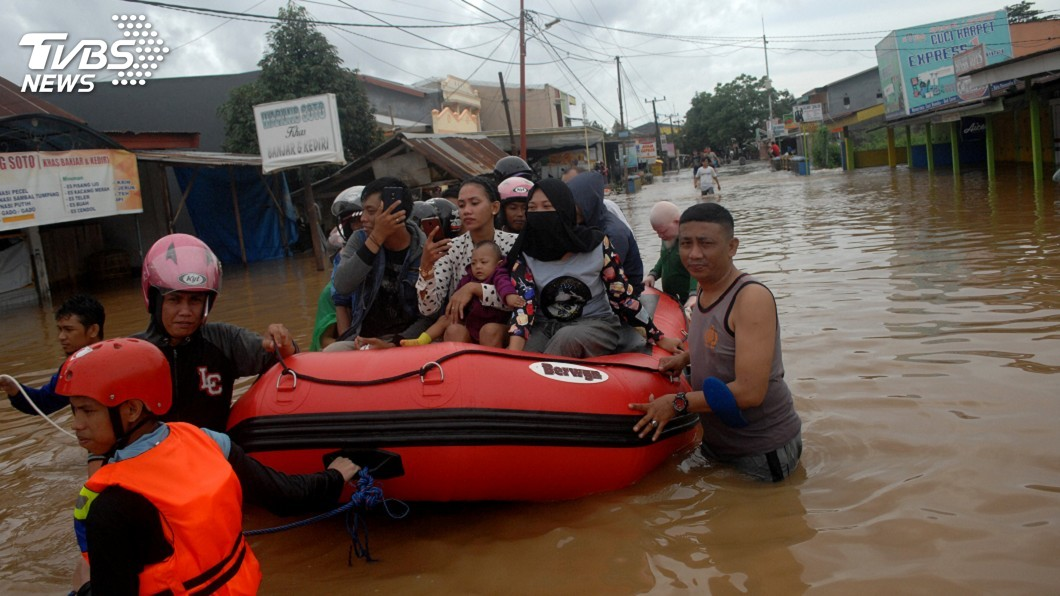 圖/達志影像路透社 印尼南蘇拉威西暴洪土石流 至少30人喪生