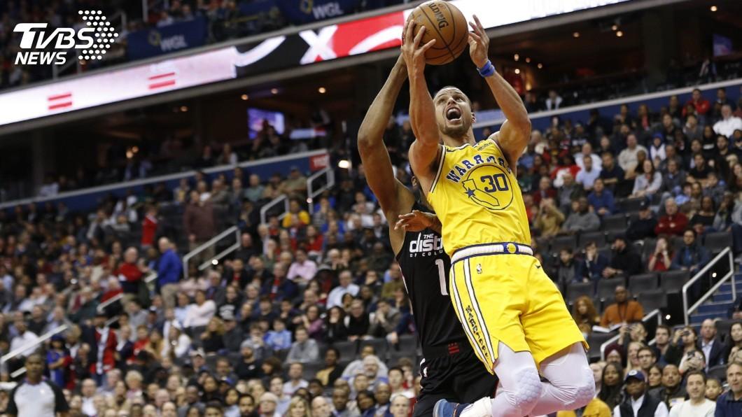 圖/達志影像路透社 柯瑞轟38分 NBA勇士擊退巫師笑納9連勝