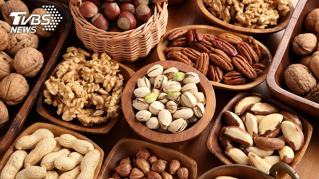 堅果類脂質高,食用過多恐造成脂肪、熱量超標。示意圖/TVBS
