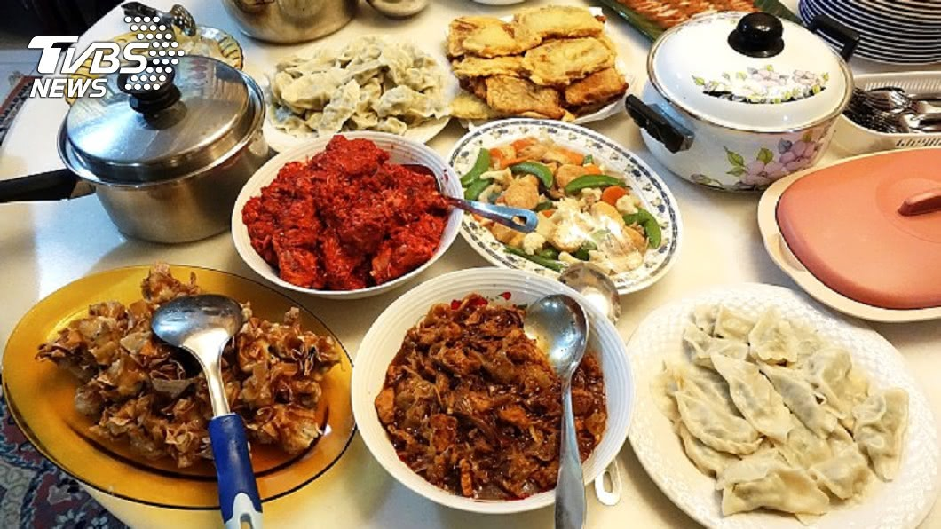 示意圖/TVBS 15歲姪女求「年夜飯吃中午」 原因曝光家人全傻了