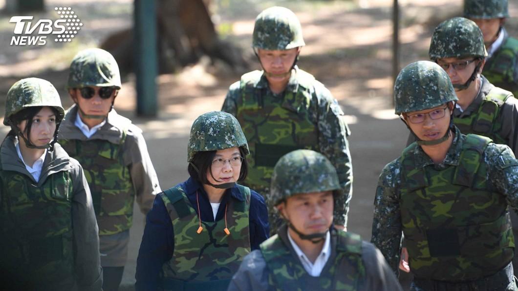 圖/中央社 蔡總統:軍事威脅改變 優先部署防空飛彈