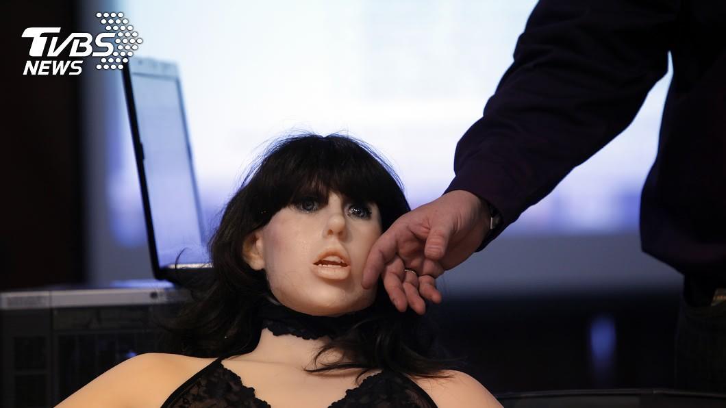 圖/達志影像美聯社 性愛機器人取代女友 專家:日本人將成「瀕臨滅絕」物種