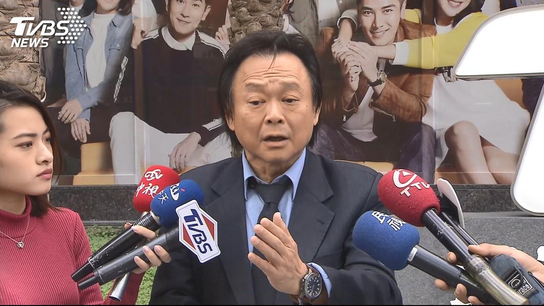 圖/TVBS 王世堅扶龍格是真的!他被罵跑變老闆擁名車別墅