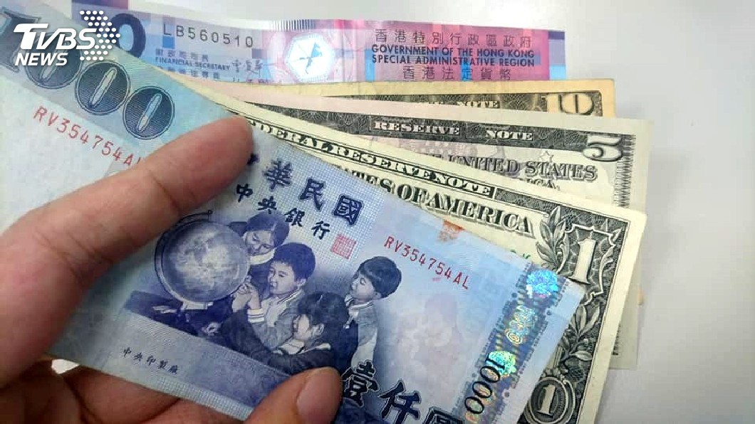 圖/TVBS 1分鐘自製「錢母」 命理師:硬幣勝過千元紙鈔