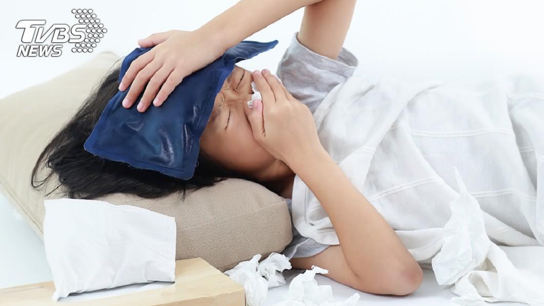 流感開始盛行的時間為每年的10、11月。(示意圖/TVBS) 流感症狀有哪些、疫苗一定要打? 不可不知的10大議題