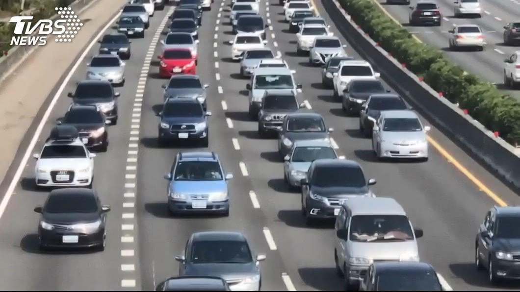 用路人注意! 高公局教你如何避開春節國道車潮