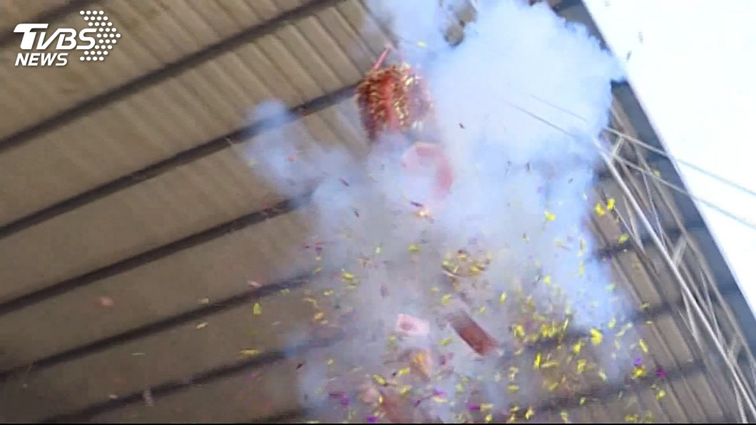 圖/TVBS 元宵吹東風+放鞭炮 環署提醒注意空氣品質