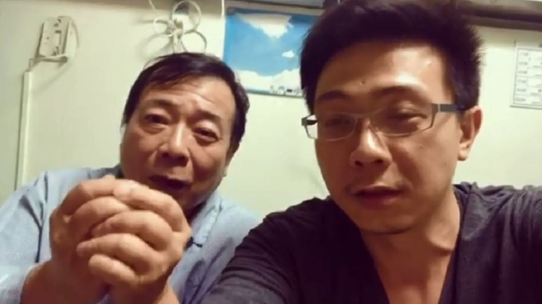 廖駿在醫院向大家拜年。圖/翻攝自「廖峻/錦德」臉書粉專 中風無法回家…廖峻在醫院拜年 竟是最在意「這件事」