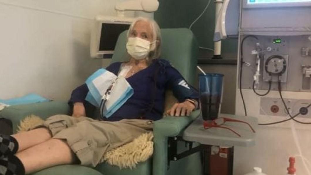 圖/翻攝自臉書 73歲嬤手術被切2腎臟 事後發現誤診「根本沒罹癌」