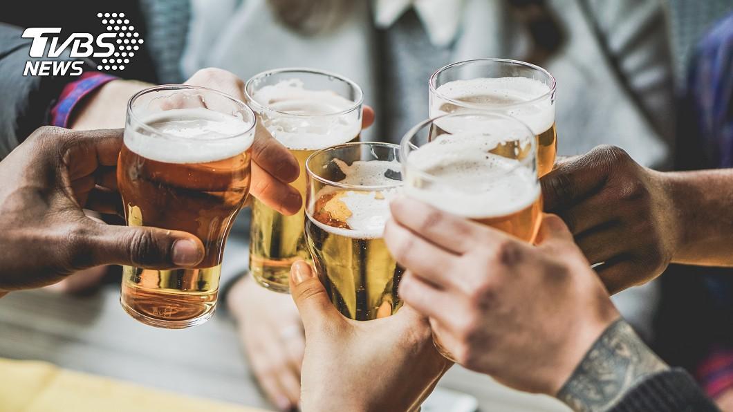 示意圖/TVBS 別以為喝2瓶啤酒沒什麼! 腦部疲勞像整晚沒睡