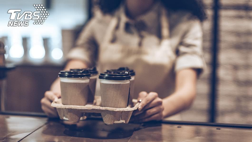 開工不憂鬱!各大連鎖咖啡店都祭出優惠活動。圖/TVBS 上班不厭世!超商咖啡只要1元 開工優惠看這裡