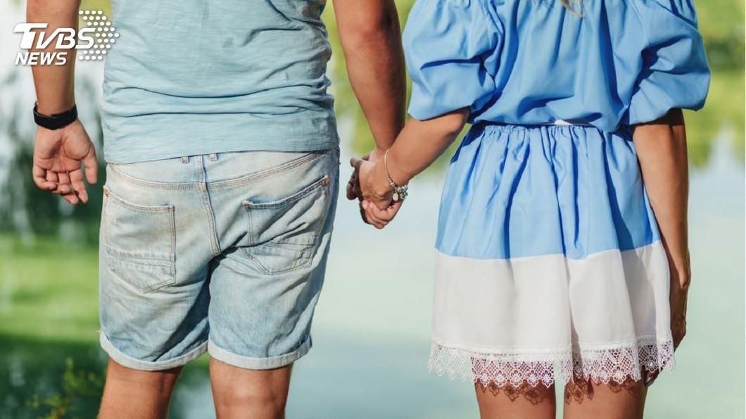 男子隱瞞已婚裝單身,誘騙一名女教師感情還詐得219萬元。(示意圖/TVBS) 男蟲結4次婚誆年薪5百萬 半熟女教師被騙219萬