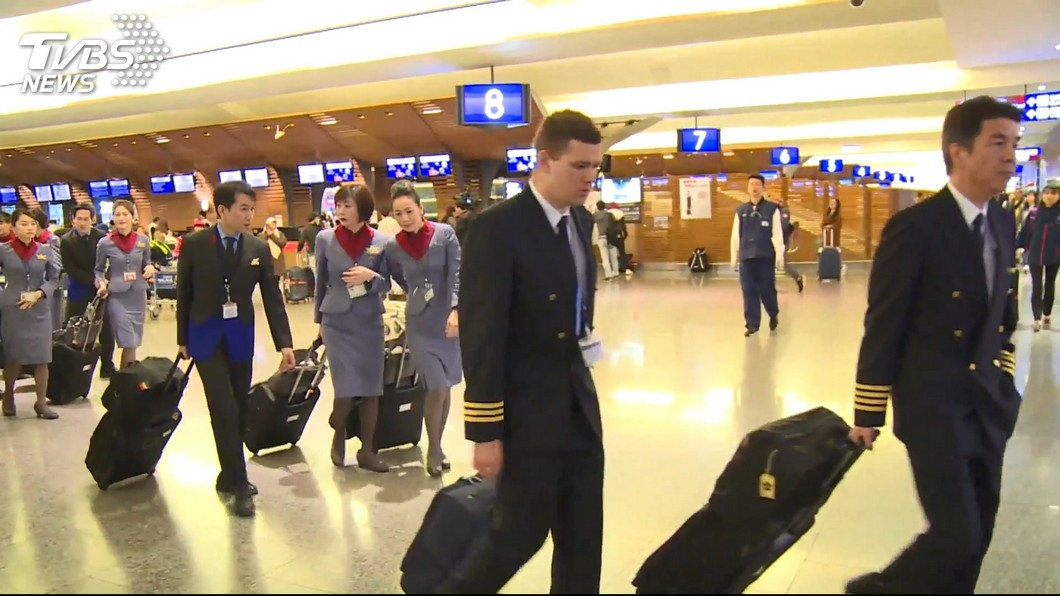 圖/TVBS 妥協了?百名機師取回檢定證 華航:明有望恢復全部航班