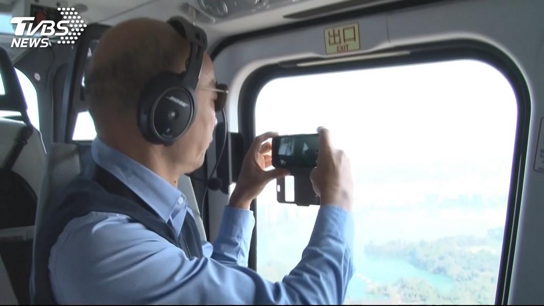 韓國瑜2月率相關局處長搭直升機視察愛河流域。圖/TVBS資料照