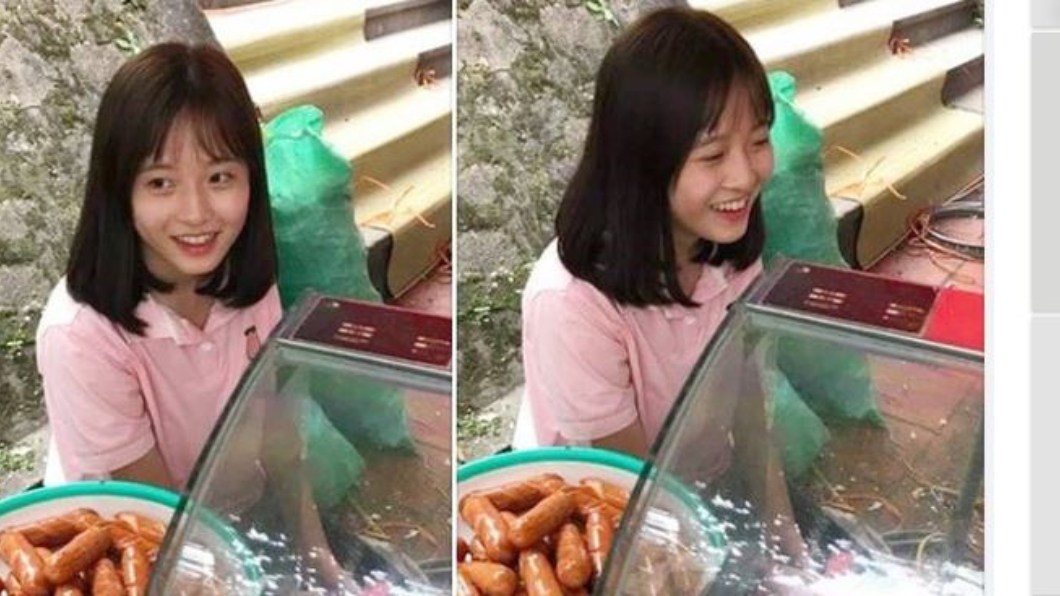 Lê Như Quỳnh到姐姐的香腸攤幫忙,意外被客人拍下而爆紅。圖/翻攝自攝自soha.vn 戀愛了!學生妹擺攤賣香腸 迷人微笑讓大批網友融化